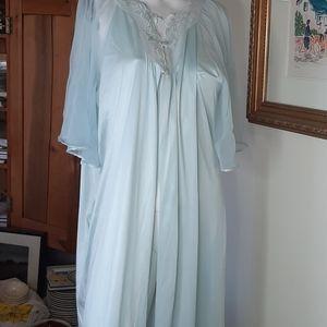Vintage vanity fair dressing robe.